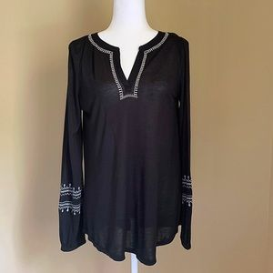 Ann Taylor LOFT Black Embroidered Neck Tunic Sz S